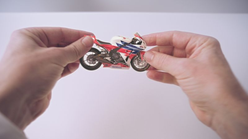 Honda: 'Hands' (Smith & Foukes)