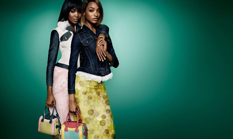 The Burberry Spring/Summer 2015 Campaign - The Birds & The Bees Runway Collection