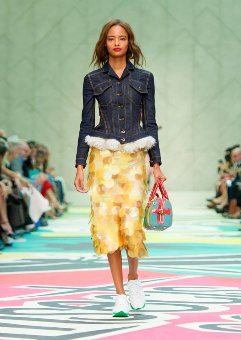 Runway looks from the Burberry Prorsum Womenswear S/S15 Show