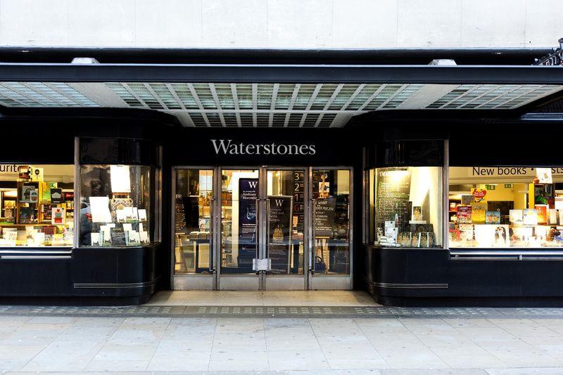 Night At... Waterstones Bookstore