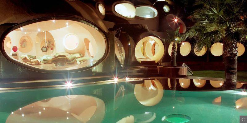 CANNES, CARDIN AND CURVES: PALAIS BULLES SHOWS CREATIVITY ISN'T CONFINED TO LA CROISETTE