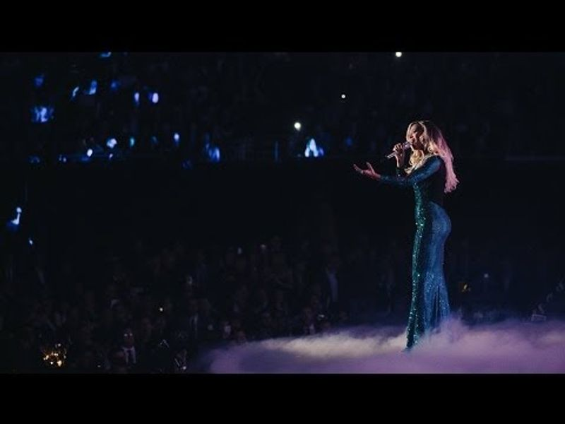 Beyoncé performs 'XO' | BRIT Awards 2014